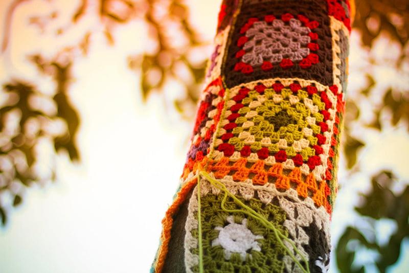 yarn-bombing-ganchillo