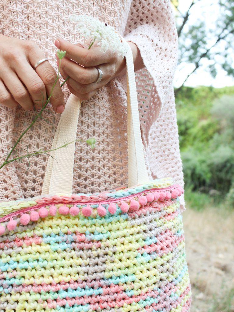 Bolso de verano con ganchillo